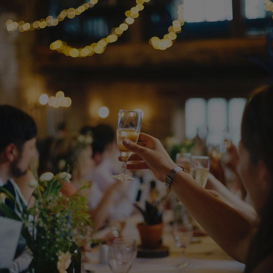 organizzazione-eventi-cerimonie-meeting-aziendali-compleanni-diciottesimi-a-velletri-roma-provincia-castelli-romani-cisterna-di-latina-provincia